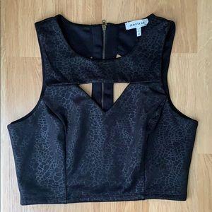 Monteau Black Top Size Medium